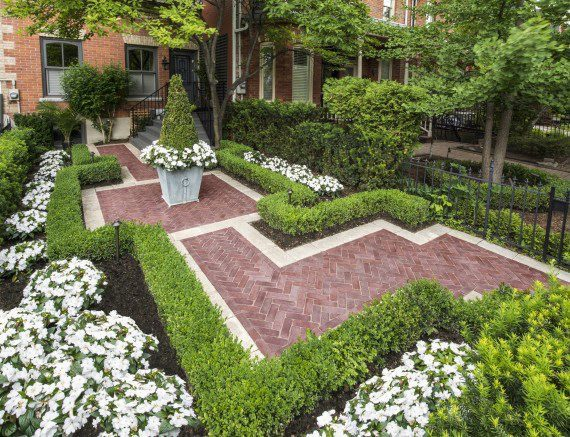Cleveland Heights, Ohio – Lush Landscaping With Paver Walkway