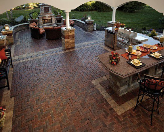 Bay Village, Ohio – Outdoor Kitchen, Paver Patio With Fire Pit Feature