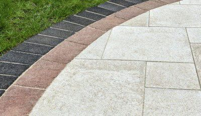 Independence, Ohio – Paver Patio With Unique Border