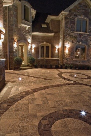 Hunting Valley – Custom Paver Driveway Design