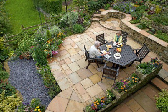 Independence – Quiet Paver Patio Getaway