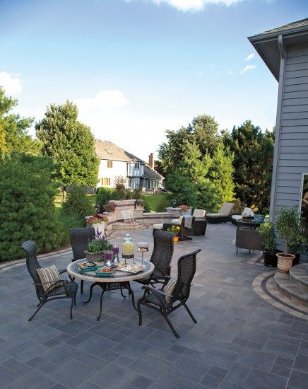 Independence, Ohio – Outdoor Living Space with Water Feature