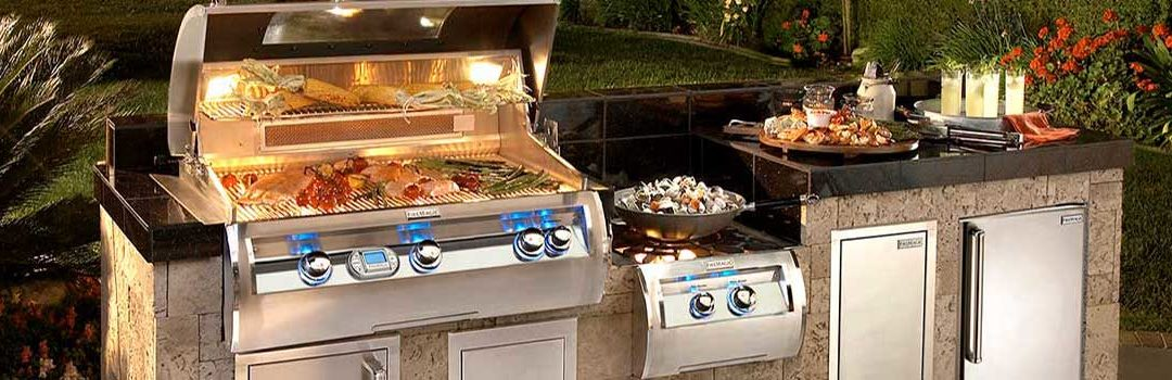 Outdoor Kitchen Projects & Ideas